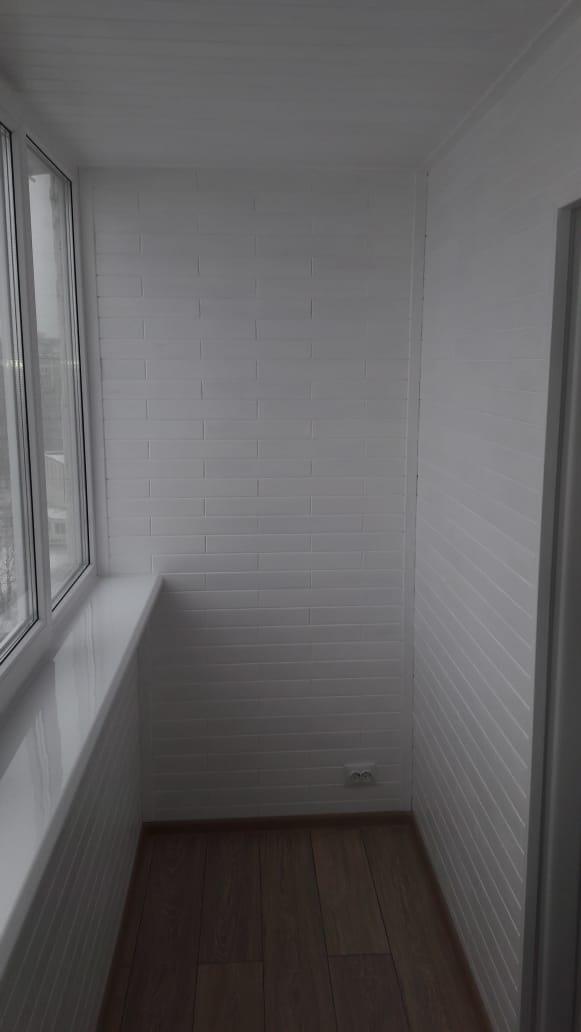 Древ 13 - пример работ по отделки балкона 01