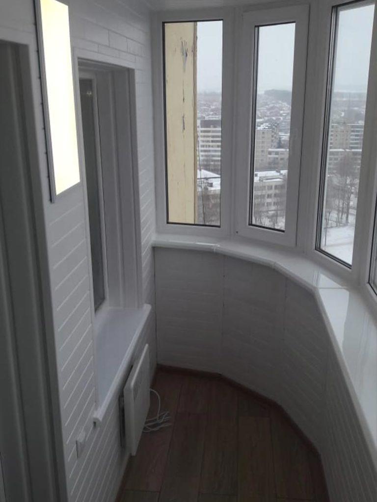 Работа по отделки балкона